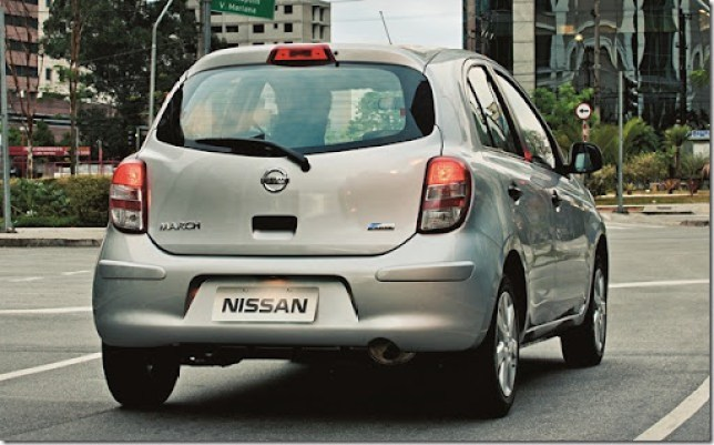 nissan-march-39
