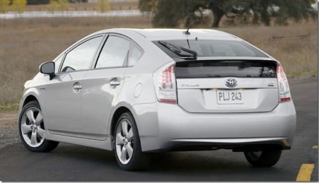 Toyota-Prius_2010_1600x1200_wallpaper_0e