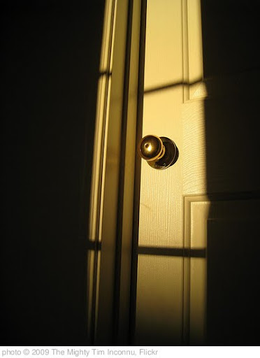 'Presenting the door' photo (c) 2009, The Mighty Tim Inconnu - license: http://creativecommons.org/licenses/by/2.0/