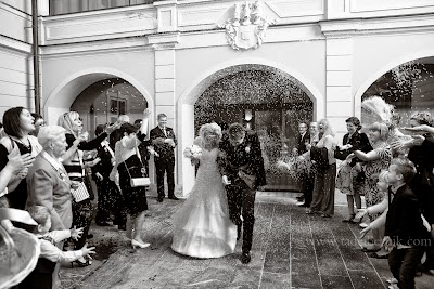 porocni-fotograf-wedding-photographer-poroka-fotografiranje-poroke- slikanje-cena-bled-slovenia-ljubljana-bled-hochzeitsfotografho (70).jpg