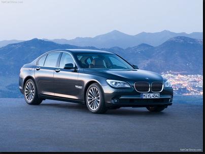 BMW-7-Series_2009_800x600_wallpaper_01