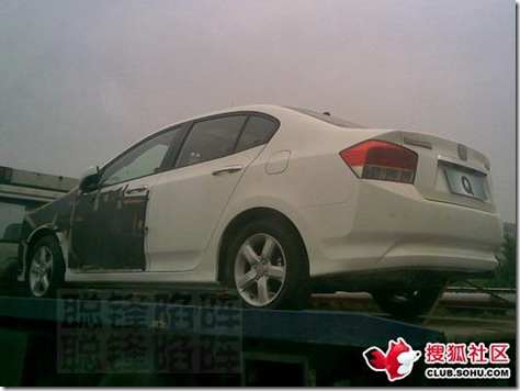 2008-honda-city-in-china-4