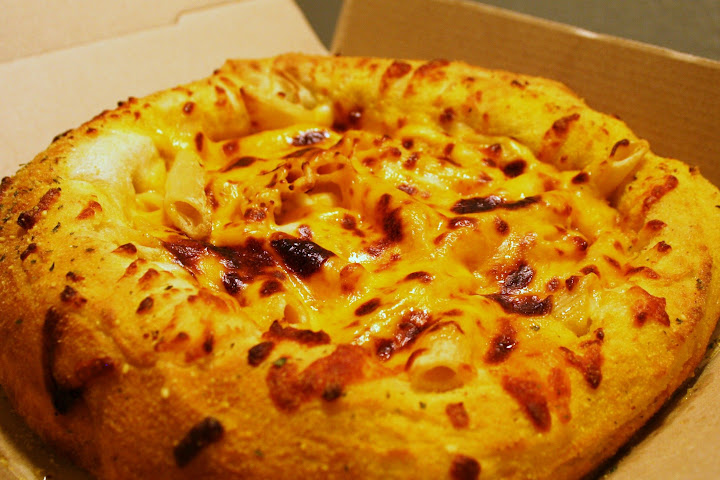 Mac & Cheese Bread Bowl