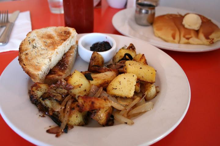 Homestyle Potatoes, Rye & Pancake