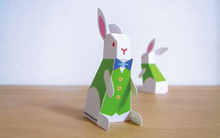 Happy Rabbit Papercraft Pyonkichi