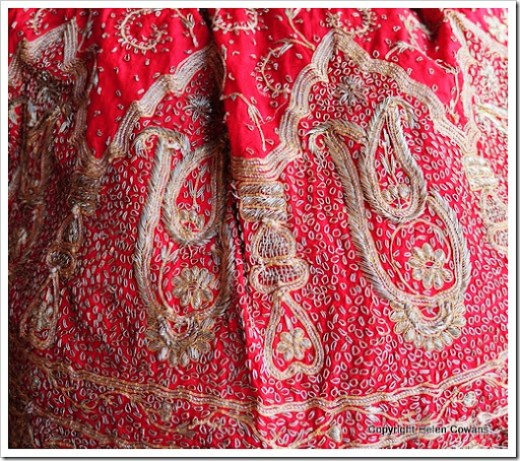 red skirt1