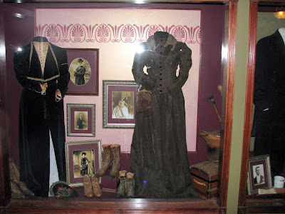 Victorian age clothing