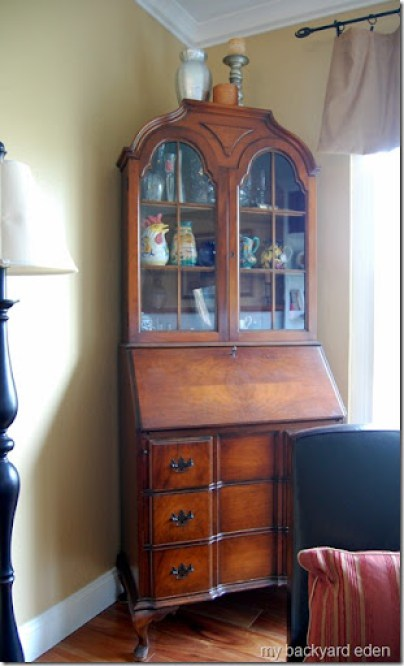 Look what I did with my Grandmother's antique secretary desk makeover! I'm always looking for furniture makeover ideas for antiques that don't ruin the piece. This one fits the bill!