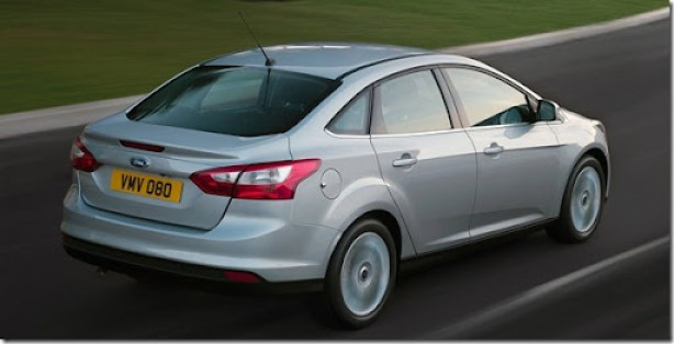 Ford-Focus_Sedan_2011_1600x1200_wallpaper_10