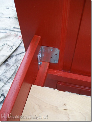 metal brackets to hold side rails onto door bed