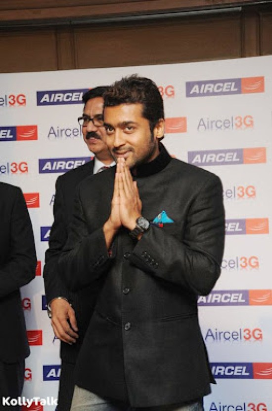 Surya launches Aircel 3G Stills 2
