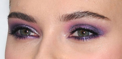 0614-scarlett-johansson-eye-makeup-close_bd.jpg