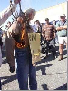 OdendaalsrustFarmersProtestsAgainstMurdersCourtApril172009