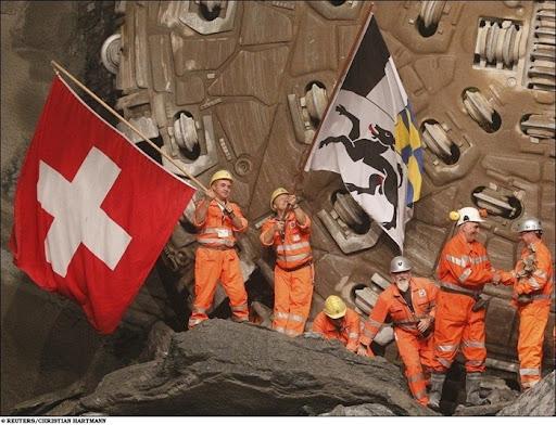longest-rail-tunnel (14)