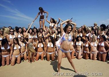 Gadis pantai (3)