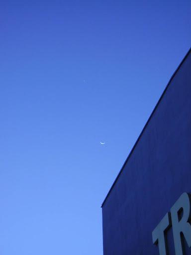 Luna y Venus, sin acercamiento de camara