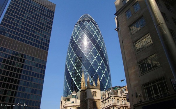 Gherkin Building (London, UK)