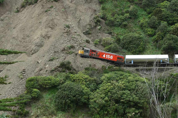 deslizamiento de tierras, Manawatu, landslide, mecánica de suelos, estabilidad de taludes, geotecnia