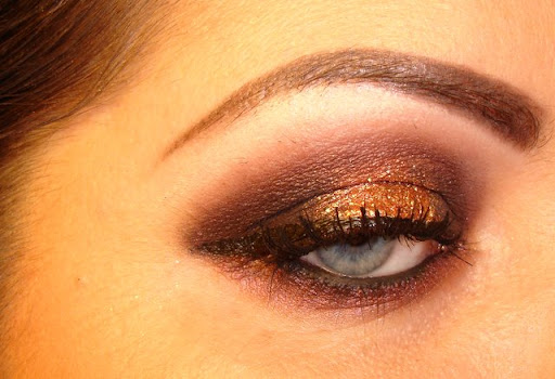 MAC Showstopper on brows with MAC Star Violet on eyes