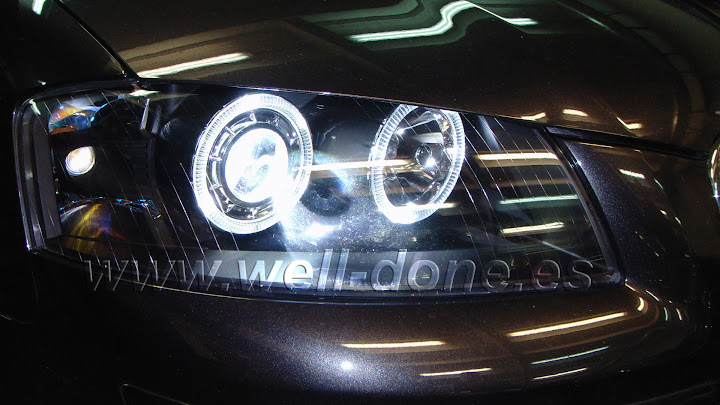 Audi A3 con kit Xenon welldone well-done angel eyes