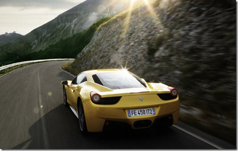 Ferrari-458_Italia_2011_800x600_wallpaper_0d