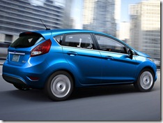 Ford-Fiesta_2011_800x600_wallpaper_06