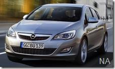 2010-Opel-Astra-6