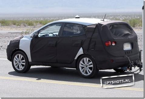 Hyundai-iX35-015_09630135053