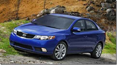 Kia-Forte_2010_800x600_wallpaper_05