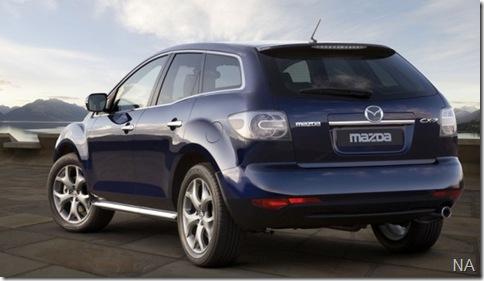 2010-mazda-cx-7-rear-angle-588x441