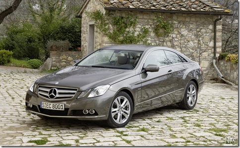 Mercedes-Benz-E-Class_Coupe_2010_1600x1200_wallpaper_18