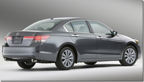 Honda-Accord_2011_800x600_wallpaper_07
