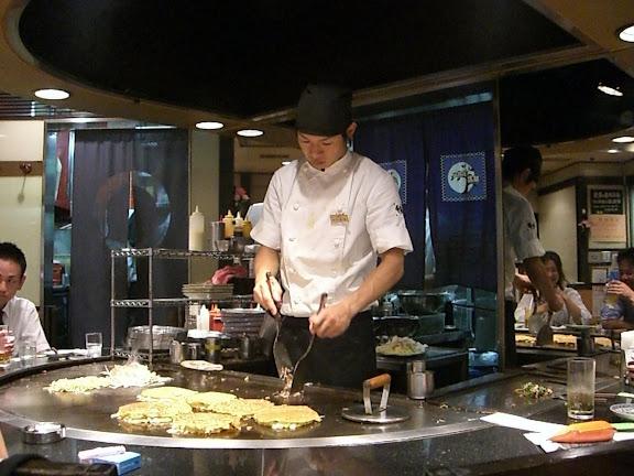 Preparando nuestros Okonomiyakis