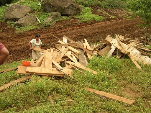 Casas Ngbes destruidas