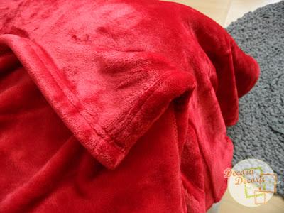 Idea para regalar en Navidad; una manta de Nacarina.