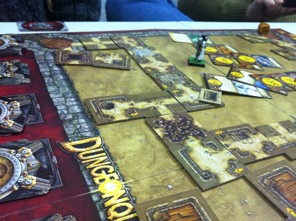 Dungeon Quest, dungeonquest, juegos de mesa, review, fantasia, hobbit, tesoro, dragon, fantasy flight retrogamming, tablero, zona de juego, Crying Grumpies