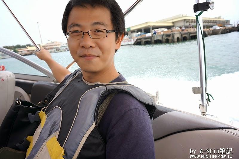 台中梧棲港搭遊艇23