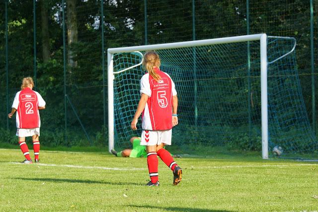 1-0, doelpunt Els Hoorne