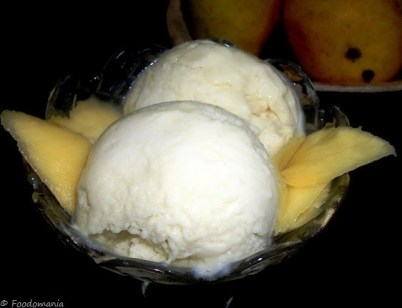 eggless mango ice cream recipe_foodomania.com