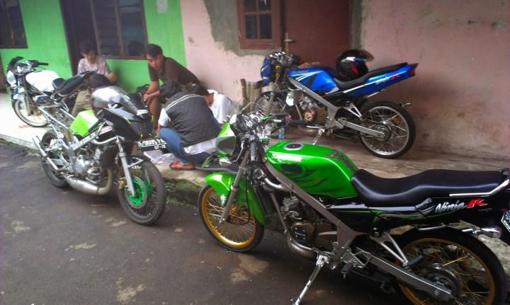 Modifikasi Motor Ninja Rr Warna Hijau Blog Motor Keren