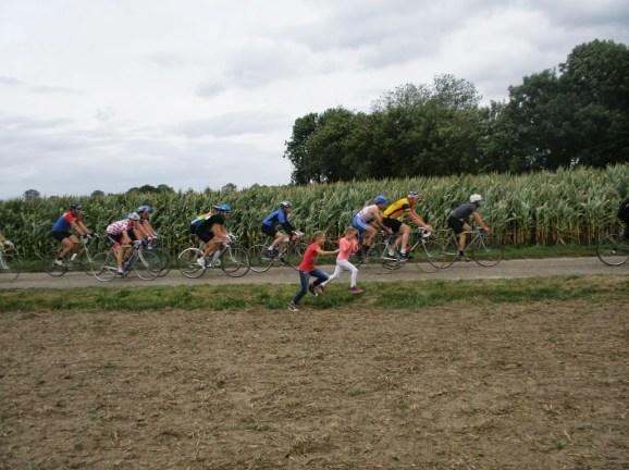 Het peloton van de Ronde van Keent