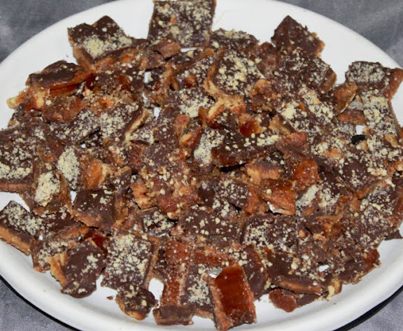 Chocolate Toffee Brittle Recipe step by step from scratch | Nutty Dark Chocolate Caramel Candy | Written by Kavitha Ramaswamy of www.Foodomania.com