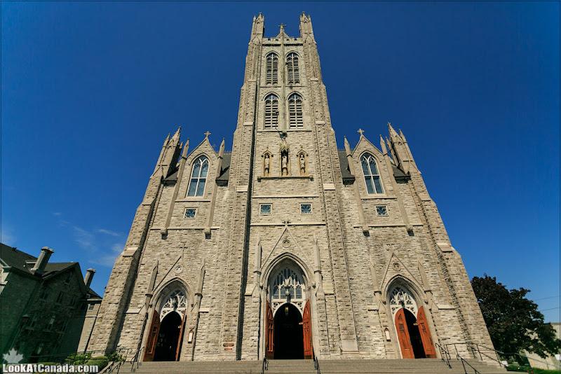 LookAtCanada.com / Кингстон - город церквей и блюза