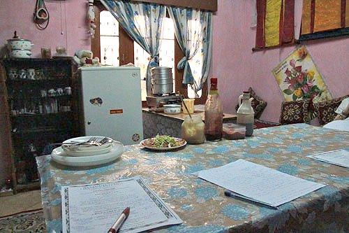 cooking class in india, tibetan momos, cooking class tibetan food, tibetan cuisine, dharamsala food