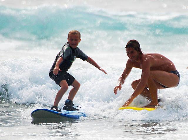 Серфинг любят дети