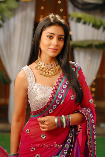 Shriya Saran Photos