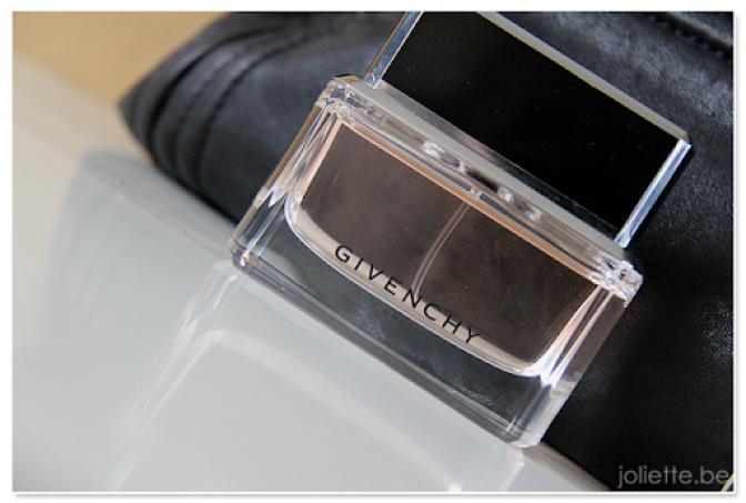 Instant classic: Dahlia Noir – Givenchy