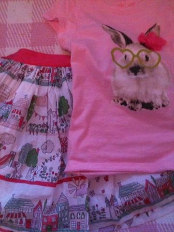 Girls' clothes, Tshirt, Skirt