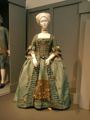 LACMA Fashioning Fashion exhibit