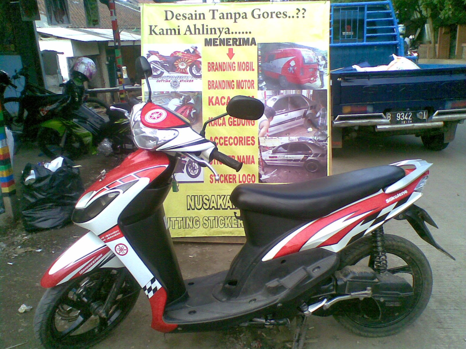 Modifikasi stiker motor mio sporty 18 mio j modifikasi